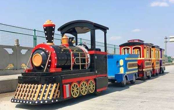 Trackless Train Rides Offer Tourists