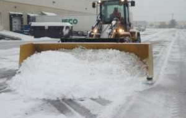Commercial Snow Plawing Service - P&J Cleaning Service